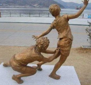 Creative Sculptures That Are Actually Kinda Strange (21 photos)
