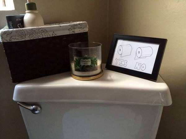strange-stuff-in-bathrooms (4)