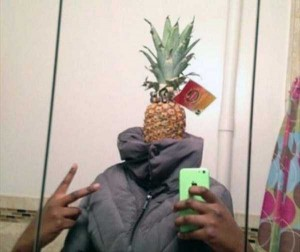 44 Extremely Stupid and Pointless Selfies (44 photos) 12