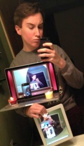 44 Extremely Stupid and Pointless Selfies (44 photos) 38
