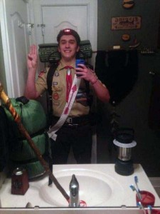 44 Extremely Stupid and Pointless Selfies (44 photos) 39