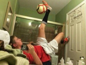 44 Extremely Stupid and Pointless Selfies (44 photos) 41