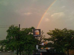 Unexpected Things Spotted at the End of a Rainbow (31 photos) 21