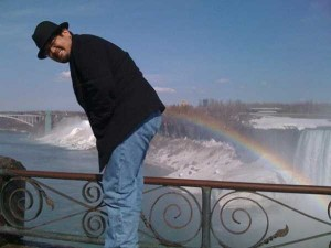 Unexpected Things Spotted at the End of a Rainbow (31 photos) 24