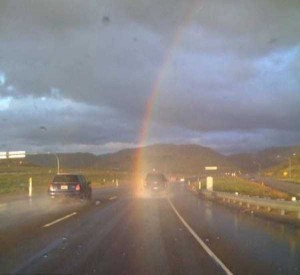 Unexpected Things Spotted at the End of a Rainbow (31 photos) 6