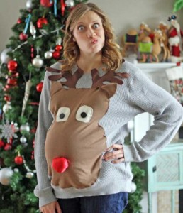 Ridiculously Ugly Christmas-Themed Sweaters (40 photos) 10