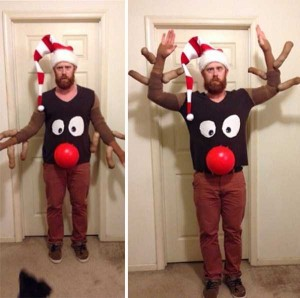 Ridiculously Ugly Christmas-Themed Sweaters (40 photos) 11