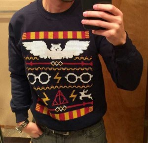 Ridiculously Ugly Christmas-Themed Sweaters (40 photos) 17