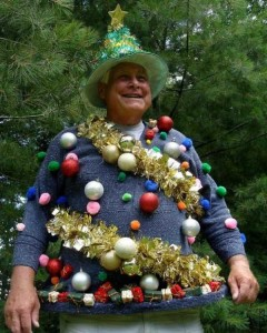 Ridiculously Ugly Christmas-Themed Sweaters (40 photos) 22