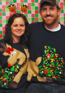 Ridiculously Ugly Christmas-Themed Sweaters (40 photos) 25