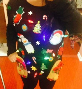 Ridiculously Ugly Christmas-Themed Sweaters (40 photos) 35