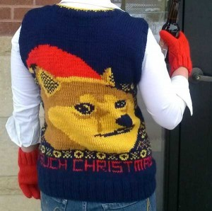 Ridiculously Ugly Christmas-Themed Sweaters (40 photos) 36