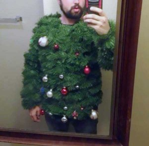 Ridiculously Ugly Christmas-Themed Sweaters (40 photos) 37