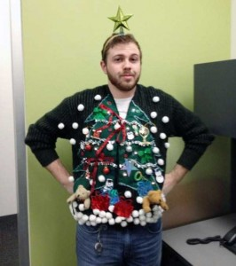 Ridiculously Ugly Christmas-Themed Sweaters (40 photos) 6