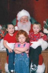 33 Hilariously Ridiculous Family Holiday Photos (33 photos) 24