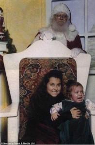 33 Hilariously Ridiculous Family Holiday Photos (33 photos) 25