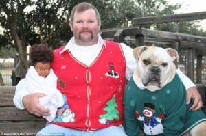 33 Hilariously Ridiculous Family Holiday Photos (33 photos) 28