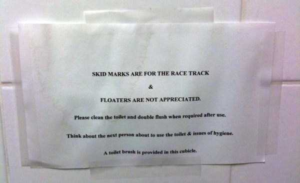 hilarious-bathroom-signs-and-notes (37)