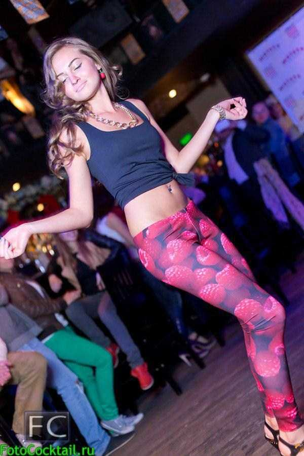 hot-girls-in-russian-nightclubs (29)