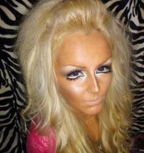 Awful Makeup Disasters (21 photos) 8