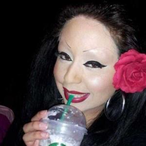Awful Makeup Disasters (21 photos) 9