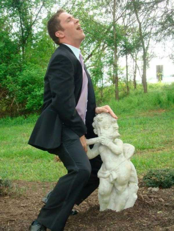 naughty-statues (6)