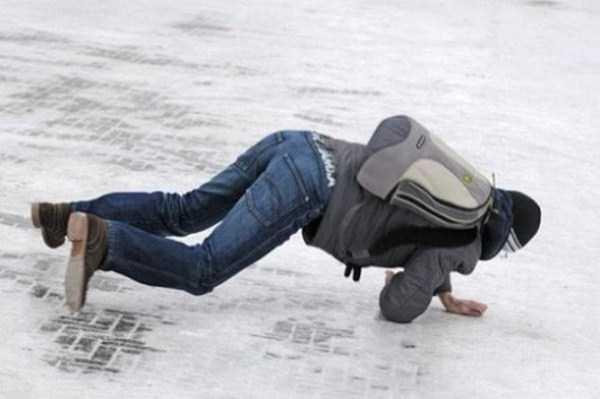 people-on-ice (8)