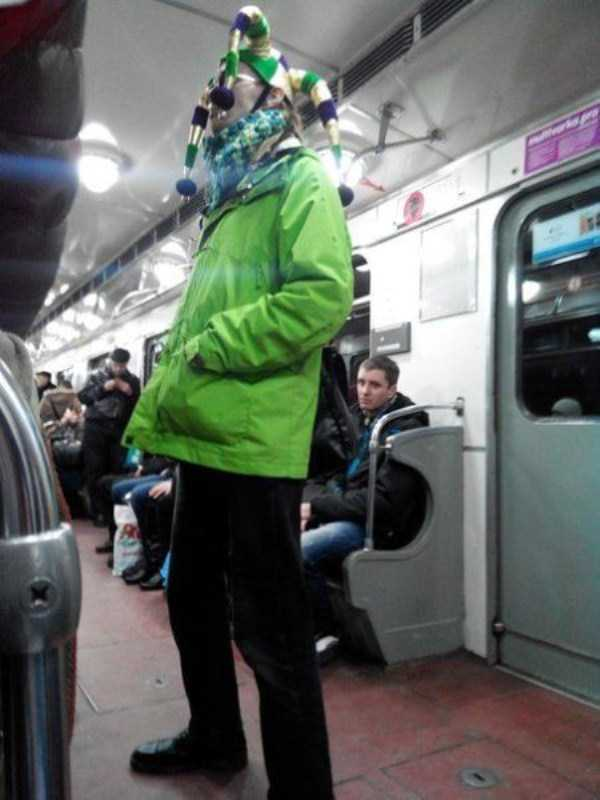 strange-subway-fashion (33)
