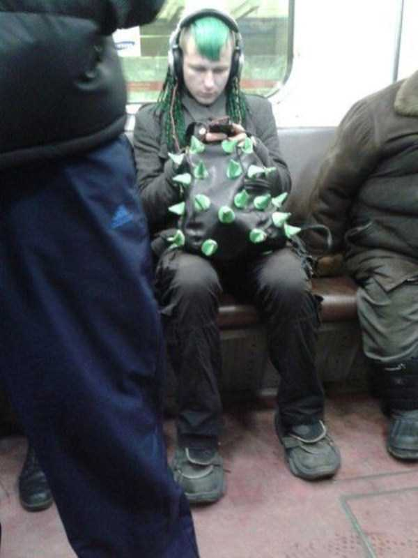 strange-subway-fashion (4)