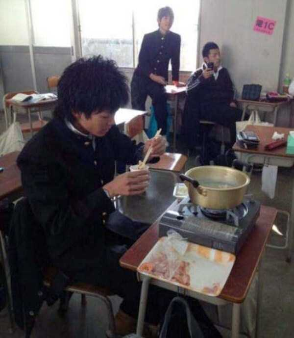 wtf-photos-from-japan (6)
