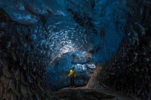 Mesmerizing World Beneath the Largest Iceland's Glacier (15 photos) 8