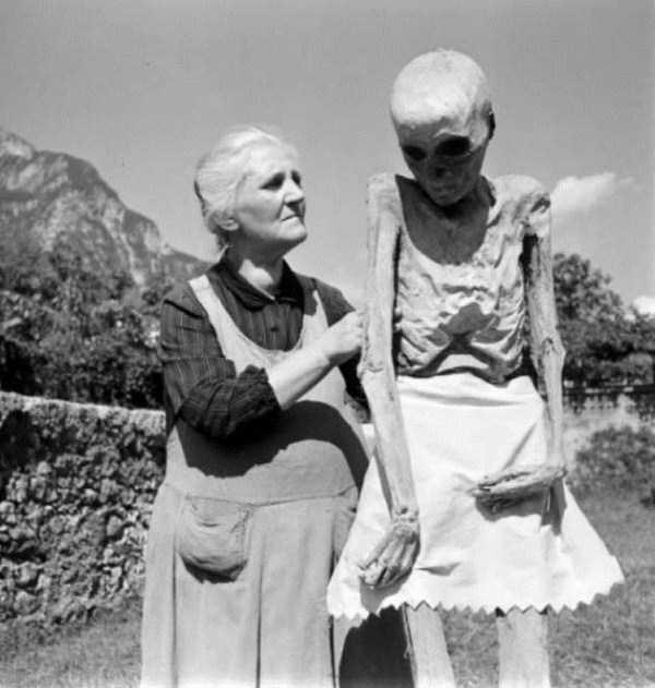 creepy-vintage-pictures (12)
