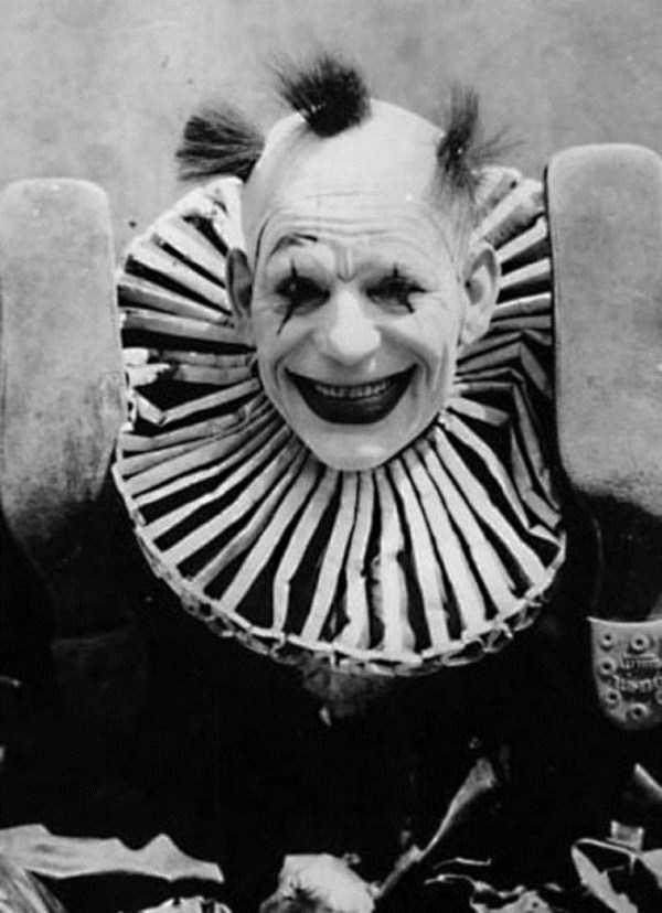 creepy-vintage-pictures (8)