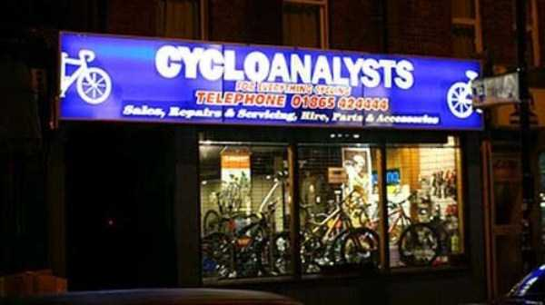 funny-and-catchy-business-names (11)