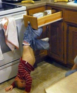 Cute Kids Caught Doing Funny Things (42 photos) 2