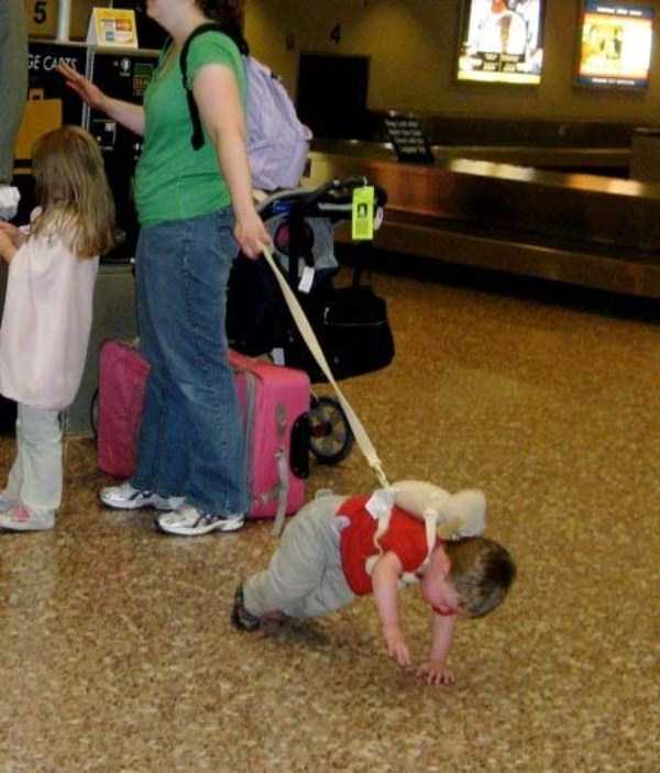kids-on-leashes (14)