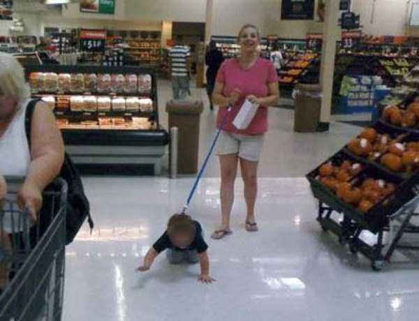 kids-on-leashes (43)