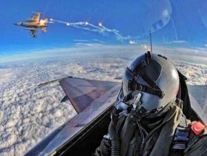 Awesome Selfies Taken by Pilots (24 photos) 1