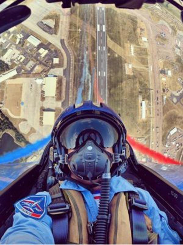 pilot-selfies-25