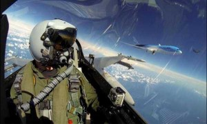 Awesome Selfies Taken by Pilots (24 photos) 6