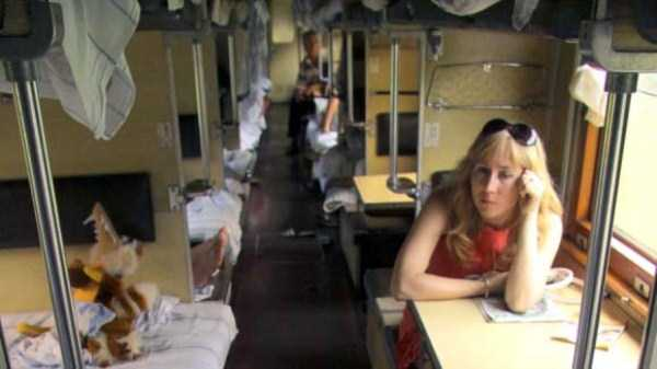 travelling-by-russian-second-class-train (16)