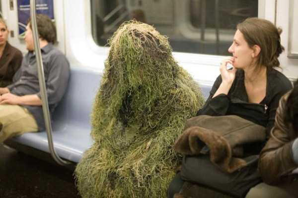 wtf-people-on-the-subway (14)