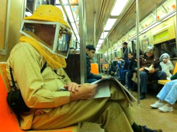 wtf-people-on-the-subway (27)