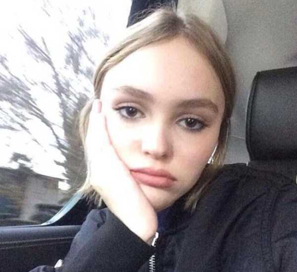 Lily-Rose-Melody-Depp (20)