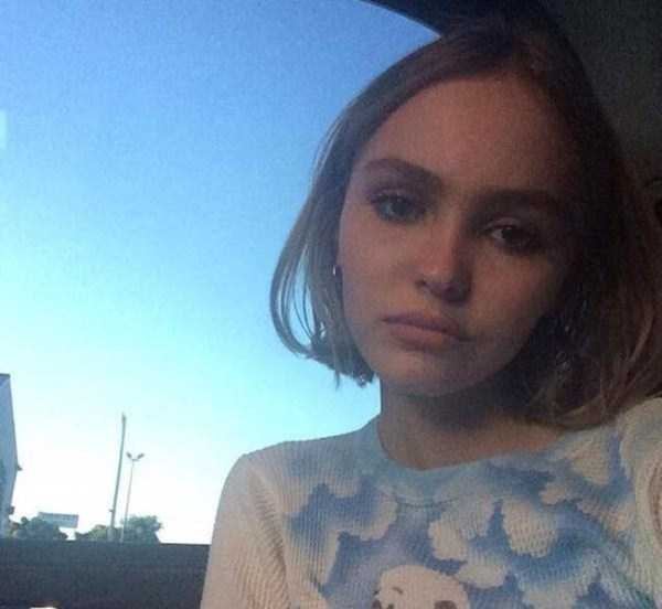 Lily-Rose-Melody-Depp (21)