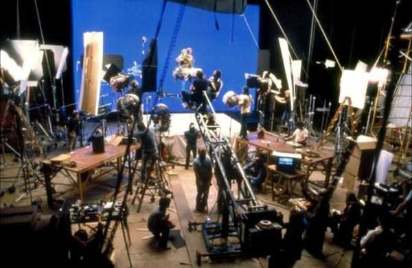 behind-the-scenes-of-star-wars (1)
