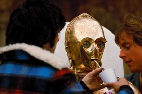 behind-the-scenes-of-star-wars (75)