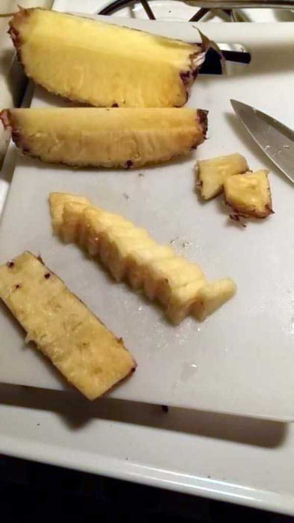 best-way-to-cut-a-pineapple (10)