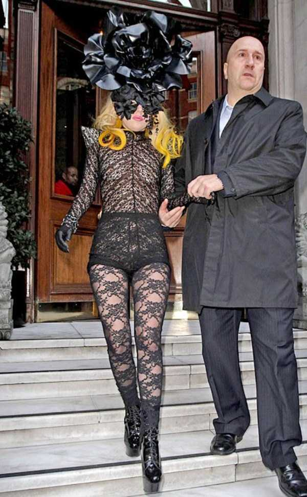 bizarre-photos-of-lady-gaga (19)