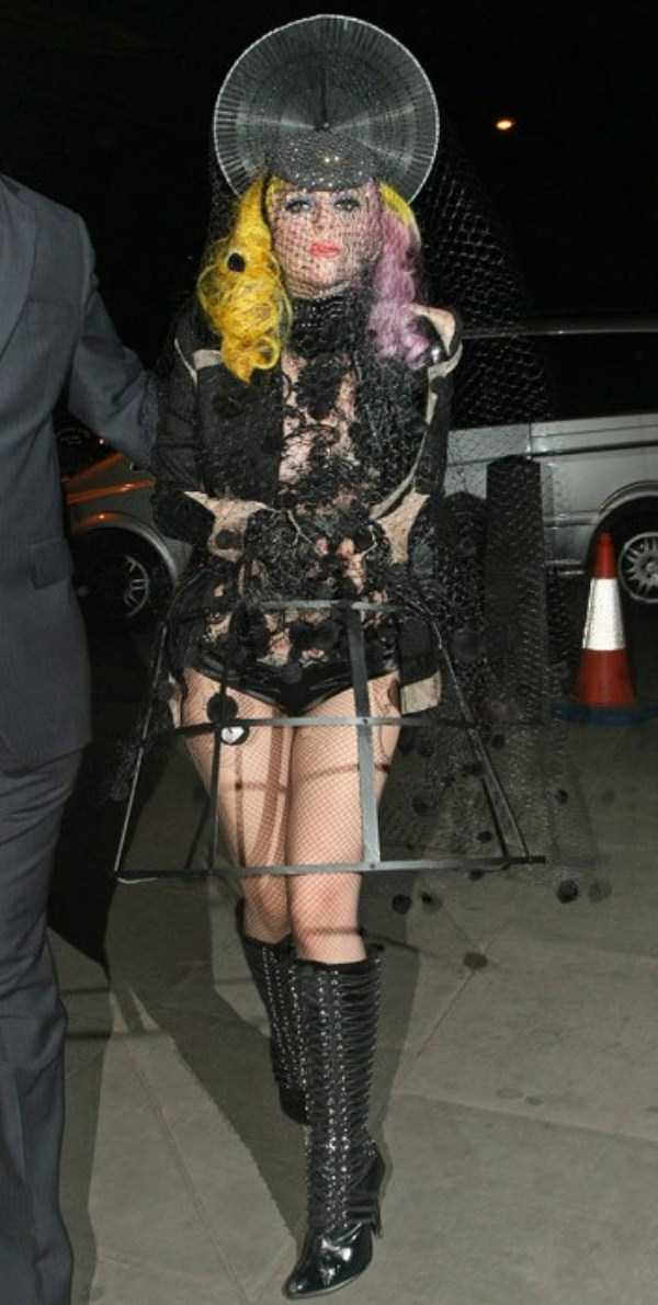 bizarre-photos-of-lady-gaga (23)